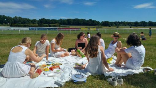 Picknick in White